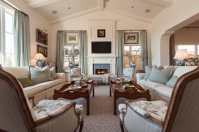 客厅白色背景墙美式风格装潢图片