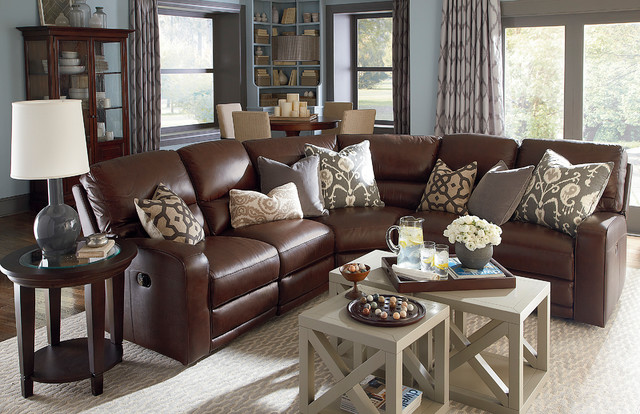 Versa Motion Sectional by Bassett Furniture Traditional Living