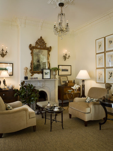 Traditional Victorian Living Room Furniture: Victorian Residence