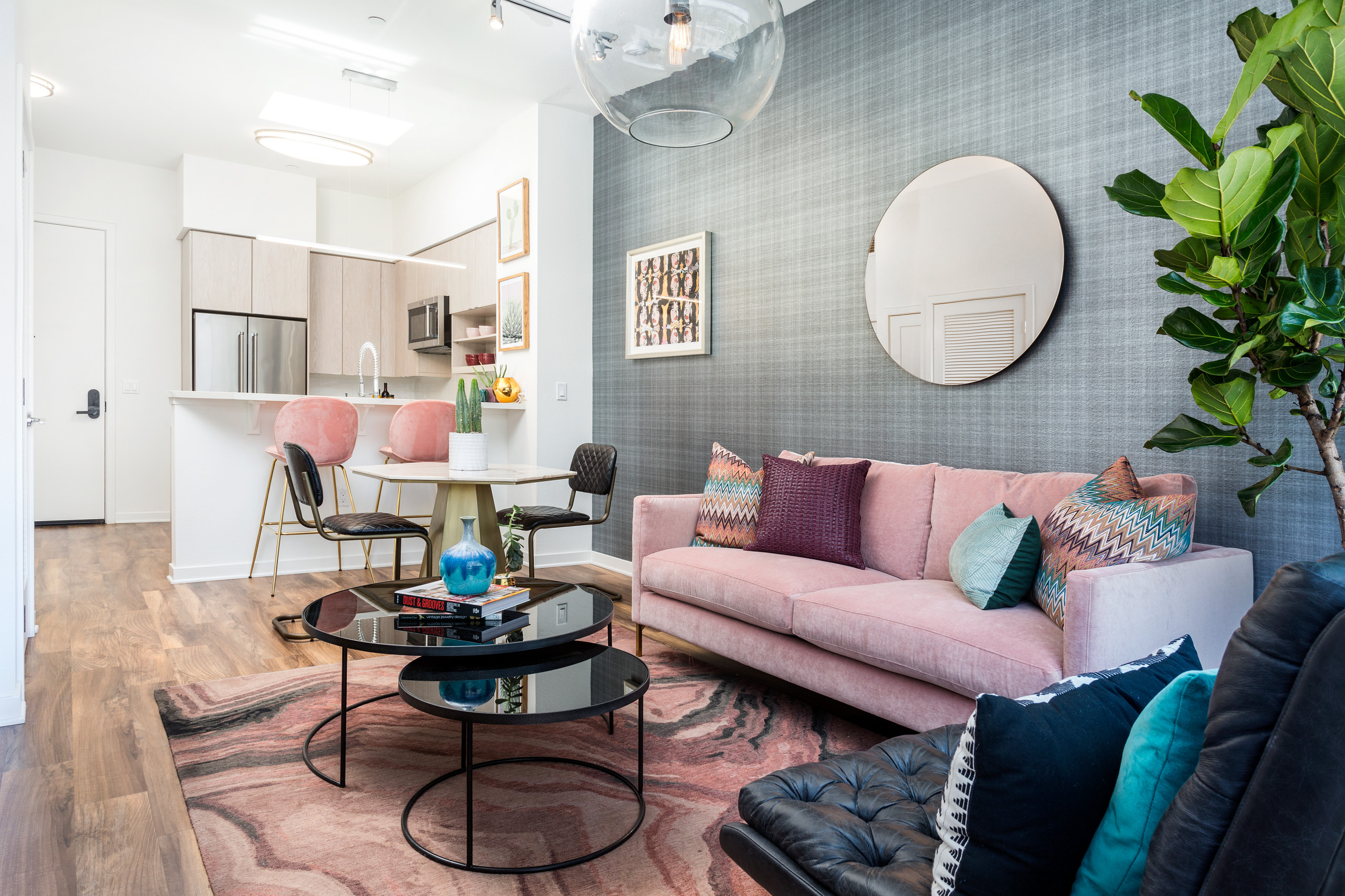 75 Beautiful Wallpaper Living Room Pictures Ideas January 2021 Houzz