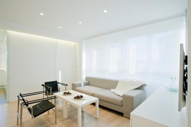 VIVIENDA EN PAMPLONA modern-living-room