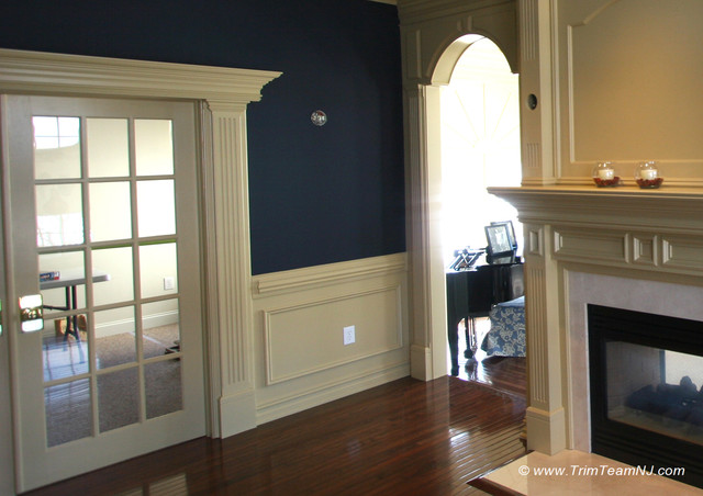 Wainscot and picture frames traditional living room for Living room wainscoting ideas