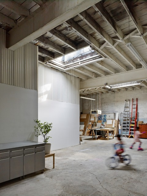 warehouse conversion contemporary living room philadelphia by rasmussen su architects. Black Bedroom Furniture Sets. Home Design Ideas