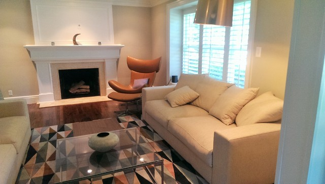 Warm and inviting living space contemporary living for Warm inviting living room ideas
