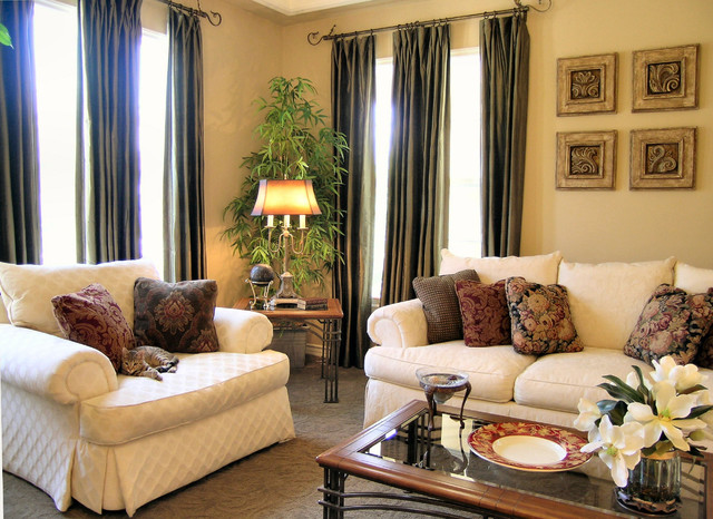 Warm traditional home traditional living room los for Warm living room decorating
