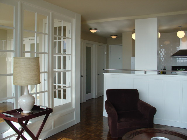 West End Bolthole traditional living room