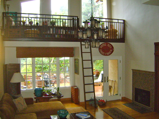 West Los Angeles Small Loft E Traditional Living Room Upstairs Or Downstairs 2017