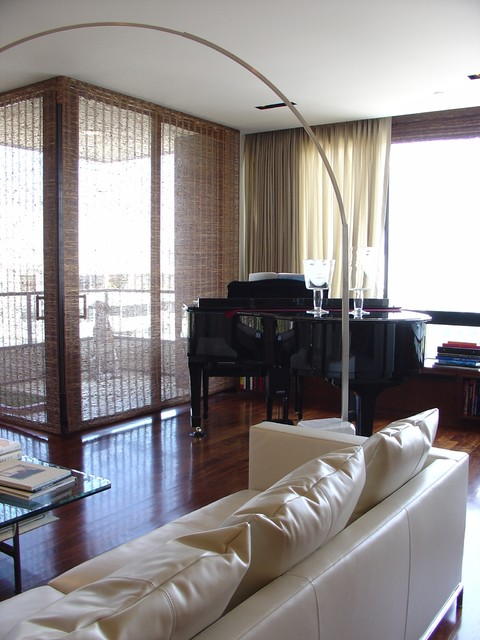 Westwood Highrise living-room