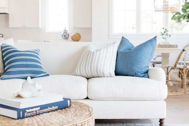 Pleasing White Linen English Roll Arm Sofa In Coastal Cali Space Gamerscity Chair Design For Home Gamerscityorg