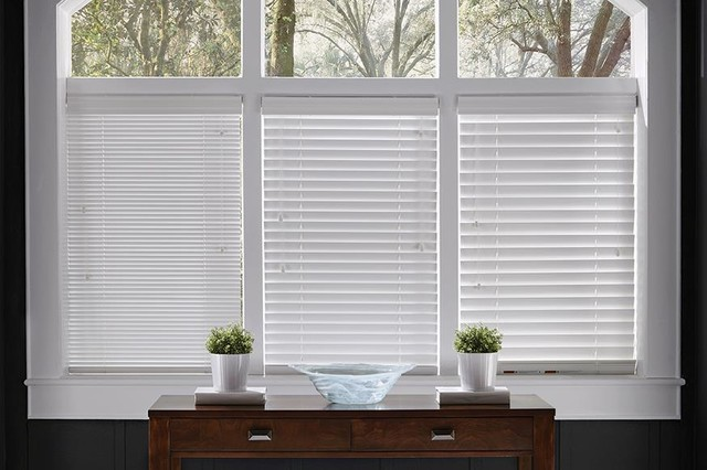 WHITE WOOD BLINDS 1 inch 2 inch 2 12 inch closed wood blinds