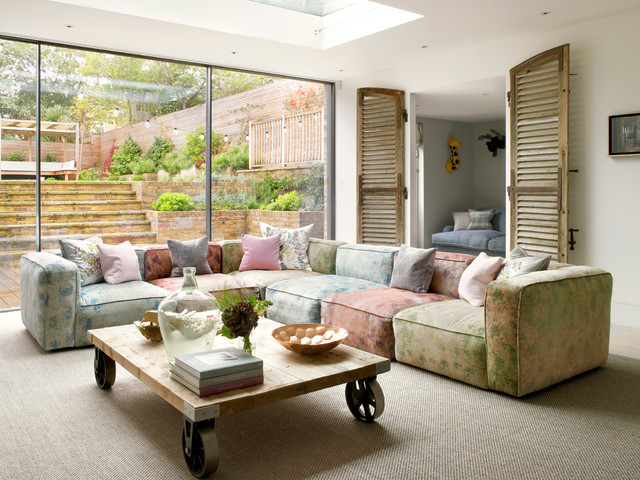 HOUSE IN WIMBLEDON contemporary-living-room