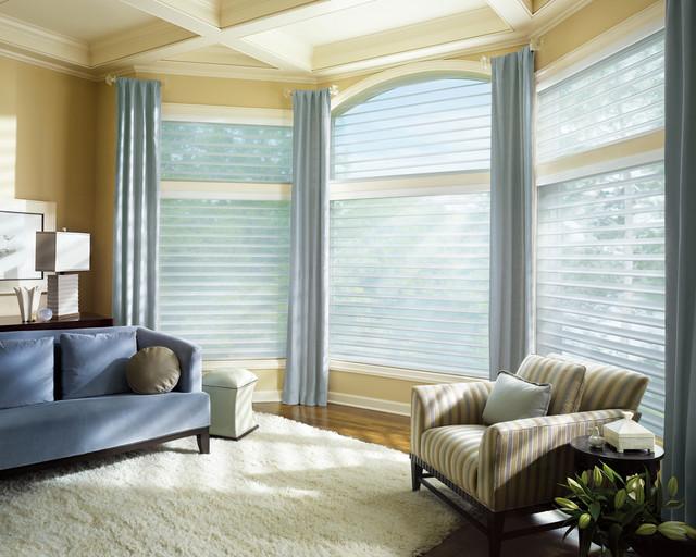 Charmant Trendy Living Room Photo In Boston