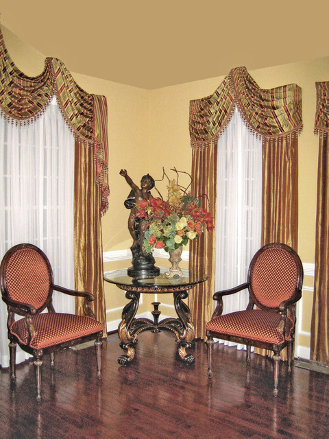 Window treatment for Traditional window treatments living room