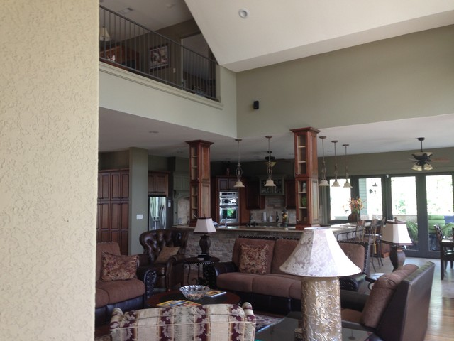 Woodview traditional-living-room