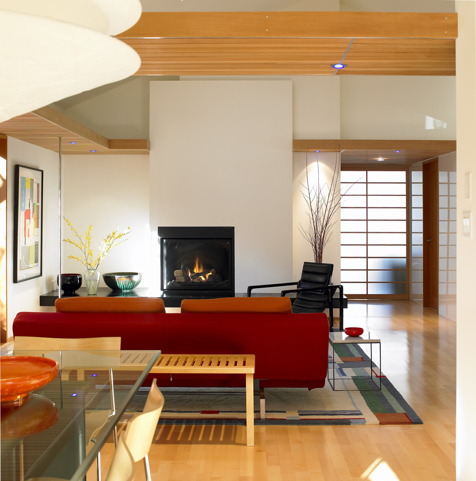 Example of a minimalist living room design in Vancouver