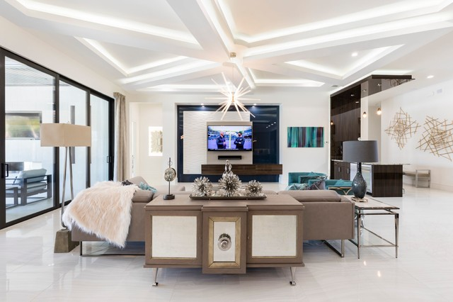 Example of a trendy living room design in Orlando