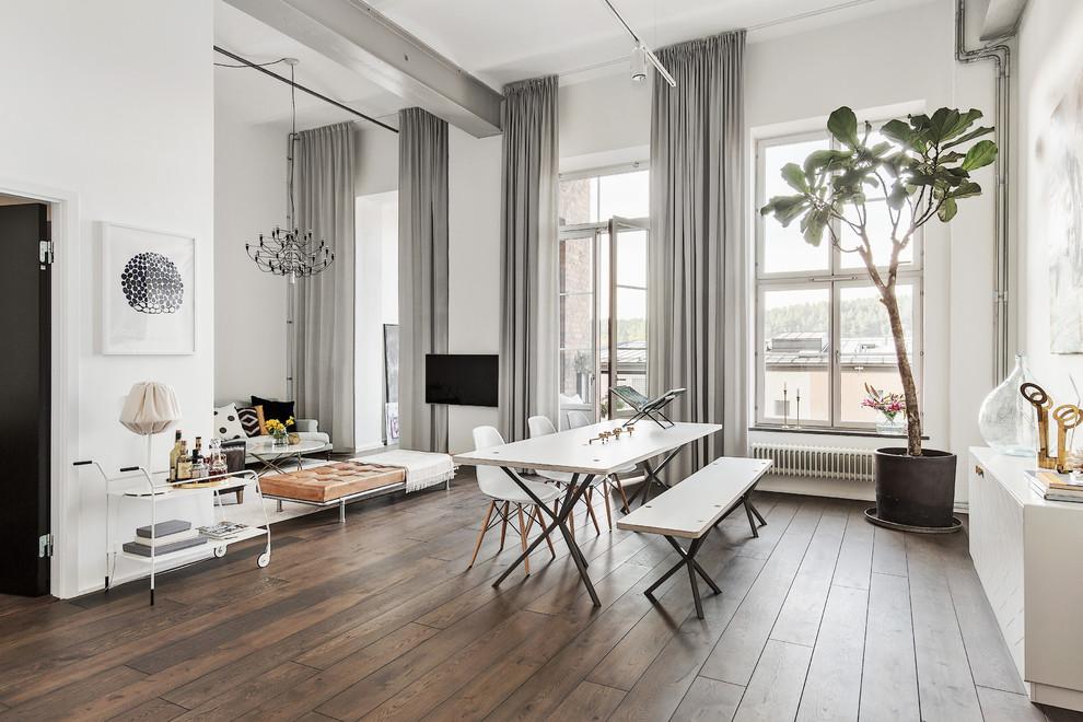 Ispirazione per una sala da pranzo scandinava di medie dimensioni con pareti bianche, parquet scuro e nessun camino