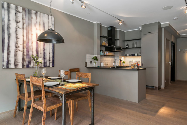 Matplats matplats grå : Foton och inspiration för moderna kök med matplatser, med grÃ¥ väggar