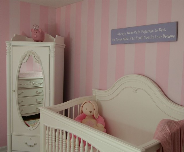 Beautiful walls, ceiling and floors traditional-nursery