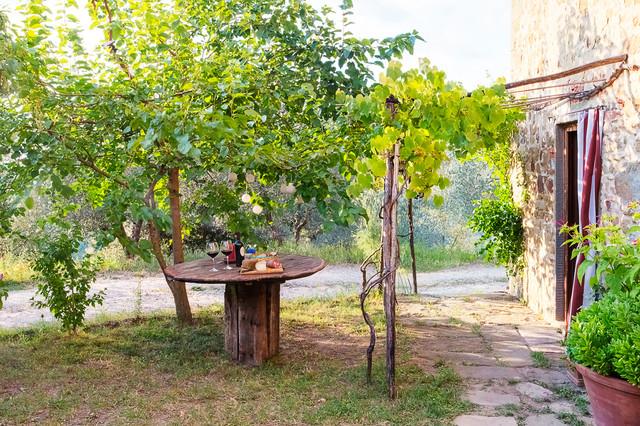 Giardino rustico mediterraneo patio firenze di - Giardino rustico ...