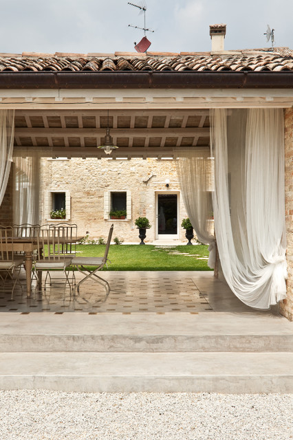 disegno veranda Design : ... di complesso del 600 - Country - Verandah - Other - by Ideal Work