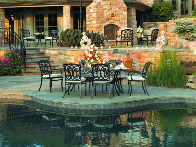 2013 Collections modern-patio-furniture-and-outdoor-furniture