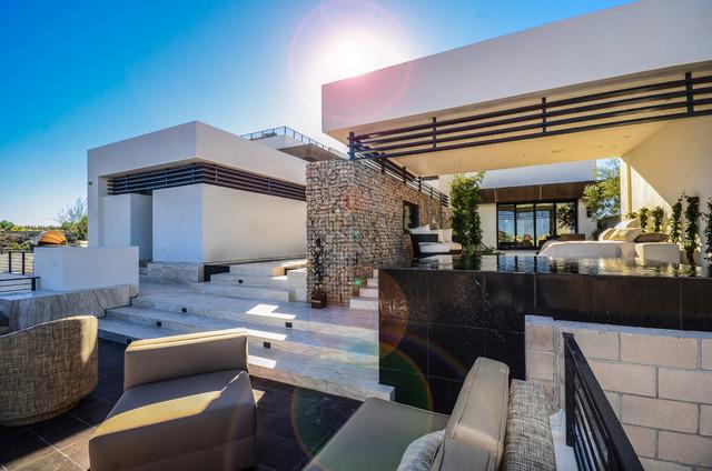 2013 New American Homes contemporary-patio