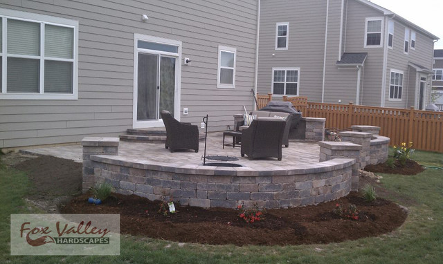 2D 3D Combo Curved Pillar Patio Traditional Patio