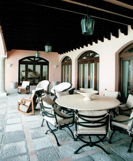 3.1. Villa. Beachfront Hacienda, in the Caribbean. tropical-patio