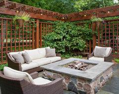 60th Pl. Burr Ridge, IL traditional-patio