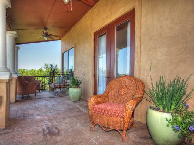8205 West Dr, Leander TX 78641 | MLS 9995790 | Lake Travis Volente Home For Sale mediterranean-patio