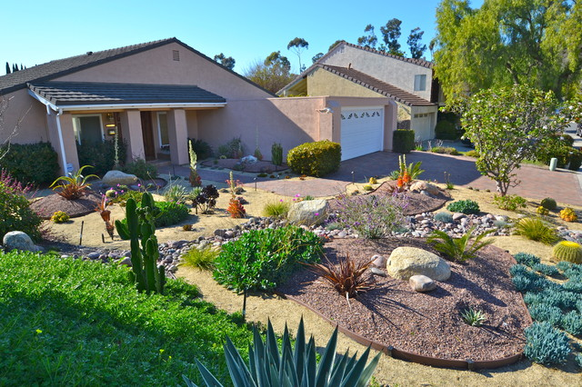 92124 tierrasanta colorful xeriscape low water low for Backyard landscaping ideas san diego
