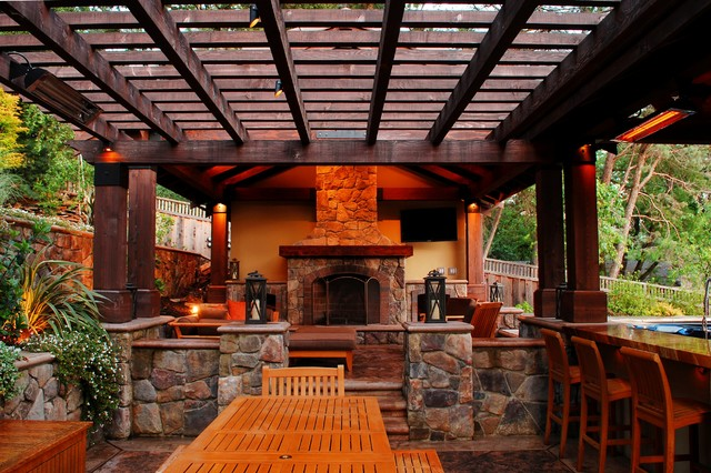 A Lavish Outdoor Living Space - Lafayette, CA traditional-patio