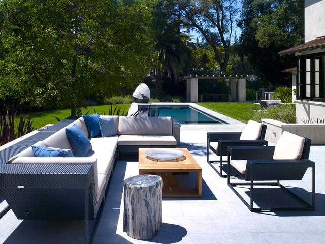 Acacia contemporary-patio