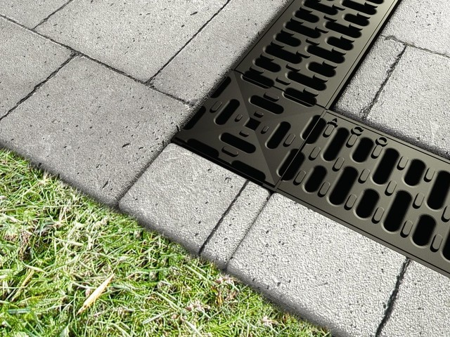 Aco markant drainage products for residential for Residential trench drain systems