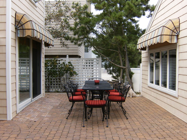 a cozy beach getaway eclectic patio
