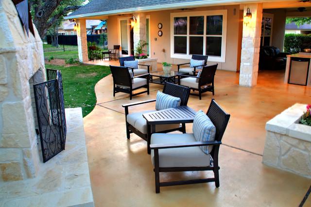 Addition 1 traditional-patio
