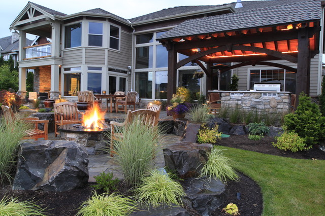 Alderwood Landscape traditional-patio