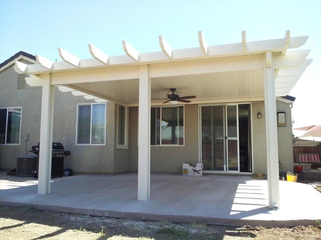 Bon Example Of A Classic Patio Design In Sacramento