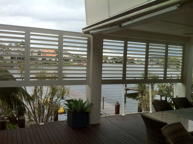 Aluminium shutters for privacy screens modern patio for Privacy shutters for deck