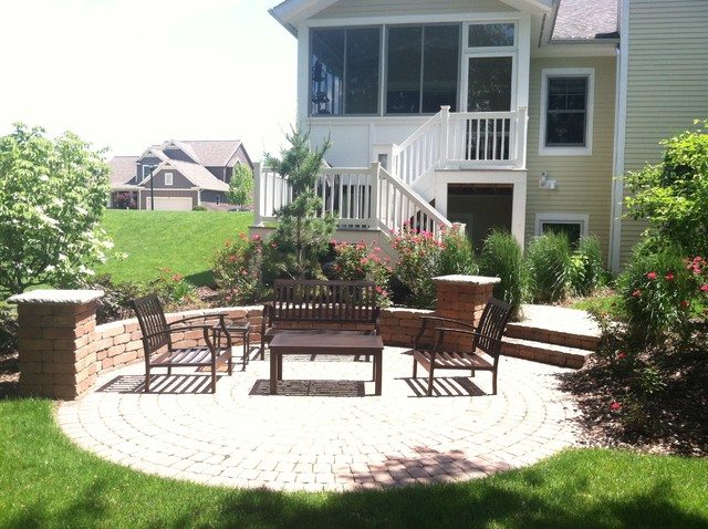 Amberely Project traditional-patio