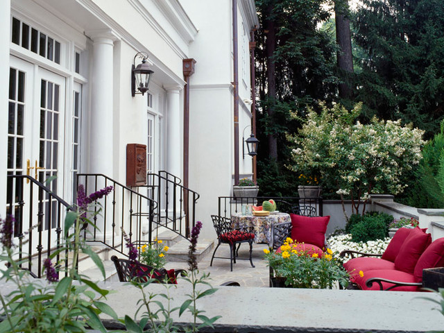 American neoclassical traditional patio dc metro for Traditional american architecture