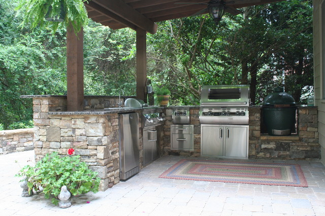 Atlanta outdoor kitchen and patio traditional patio for Outdoor kitchen ideas houzz