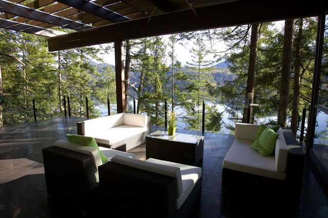Award Winning Outdoor Space Modern Patio Vancouver