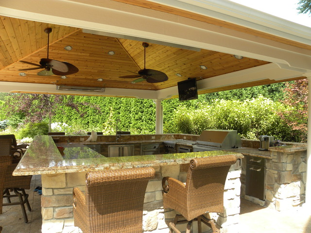 Back Yard Wonderland Traditional Patio Chicago By
