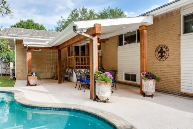 Backyard Deck Ideas traditional-patio
