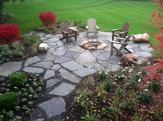 inspiration for a timeless patio remodel in chicago - Fire Pit Patio