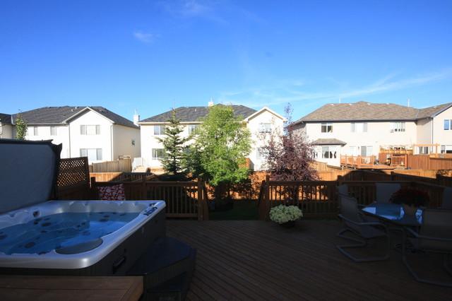 Backyard landscaping traditional-patio