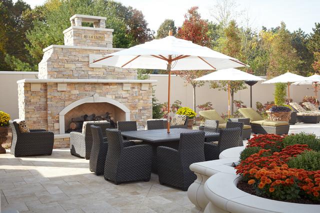 Luxury Backyard Patios : Backyard Luxury Resort traditionalpatio
