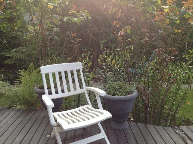 Backyard contemporary-patio
